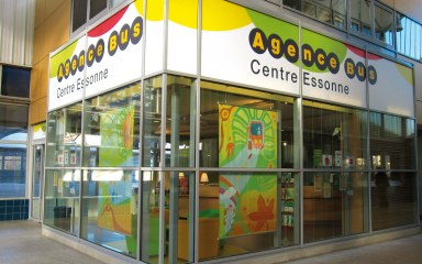 Vitrine de l'Agence Bus Centre Essonne